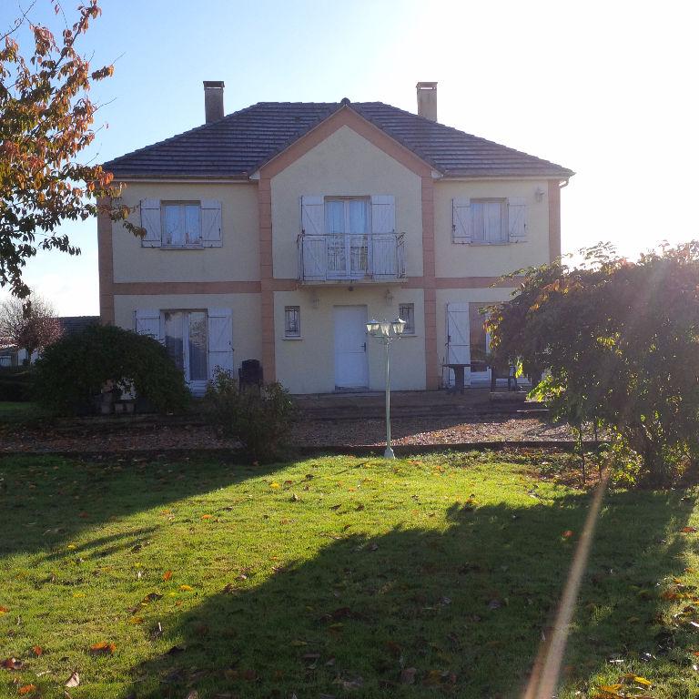 Belle Maison Familiale - Morgny -  171.62 m2