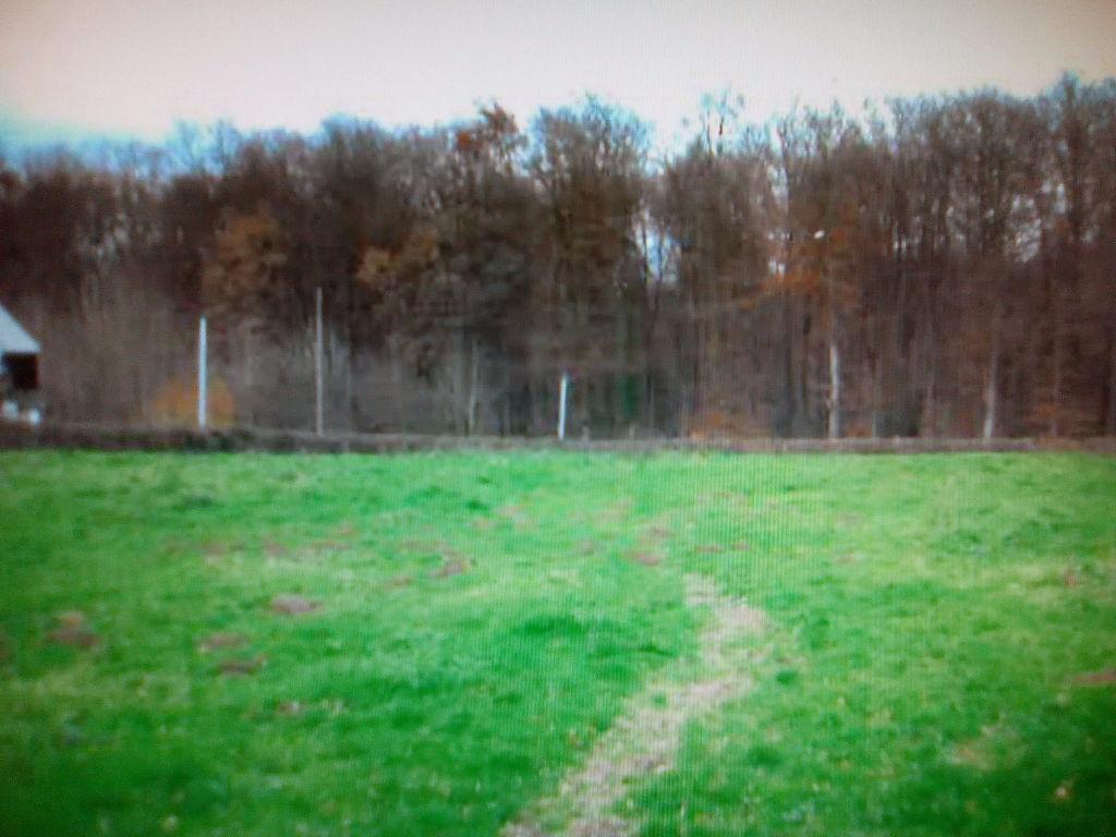 Terrain à bàtir de 2268m² Viabilisé proche Foret de Lyons.