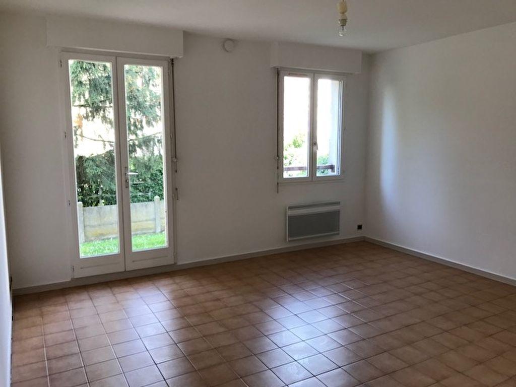 Appartement Gisors 2 pièce(s) 50.05 m2 Proche Gare