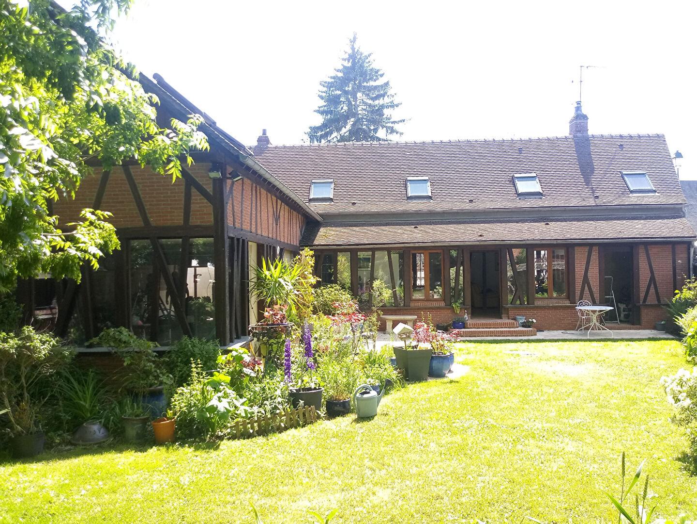 Maison proche de GISORS de  7 pièce(s) de190 m².