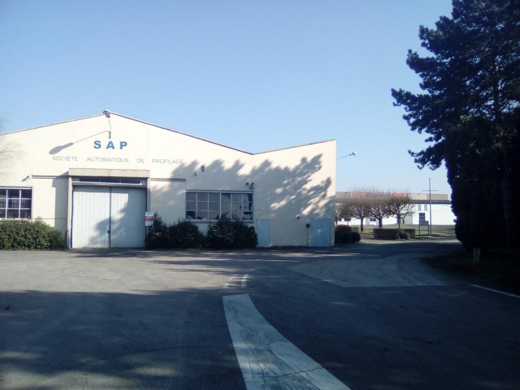 Local d'activité Gisors de 6500 m²