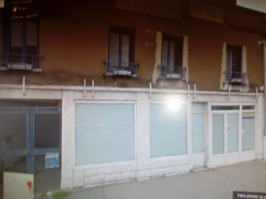 Local d'activité Gisors  L'ensemble à rénover .