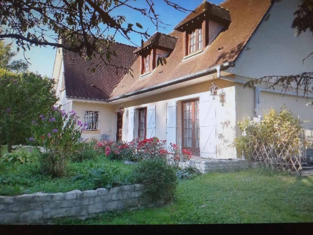 Maison proche de  Gisors 7 pièce(s) 140 m2